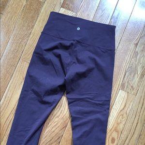 "Lululemon 21"" Crop"